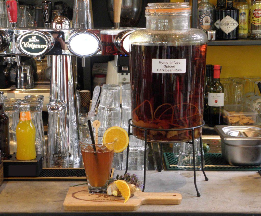 foodstyling Studio NRG Blue- rum cocktail